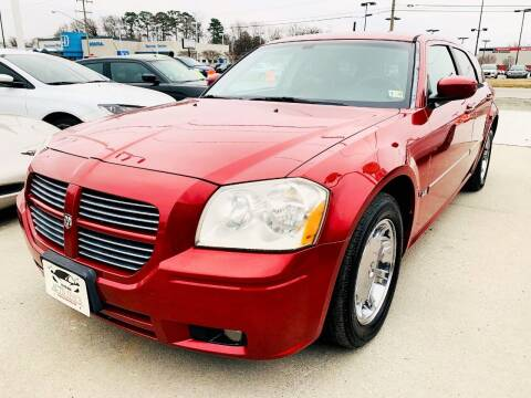 2006 Dodge Magnum for sale at Auto Space LLC in Norfolk VA