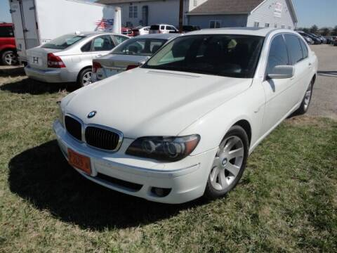 2007 BMW 7 Series for sale at CARZ R US 1 in Heyworth IL