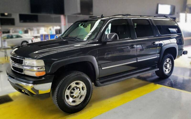 2006 Chevrolet Suburban for sale at Waukeshas Best Used Cars in Waukesha WI