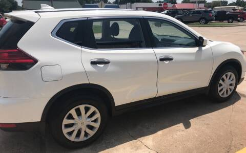 2017 Nissan Rogue for sale at Pioneer Auto in Ponca City OK