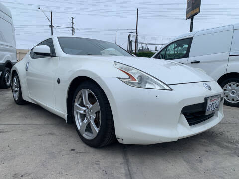 2010 Nissan 370Z for sale at Best Buy Quality Cars in Bellflower CA