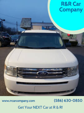 2011 Ford Flex for sale at R&R Car Company in Mount Clemens MI