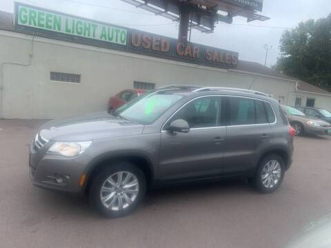 2009 Volkswagen Tiguan for sale at Green Light Auto in Sioux Falls SD