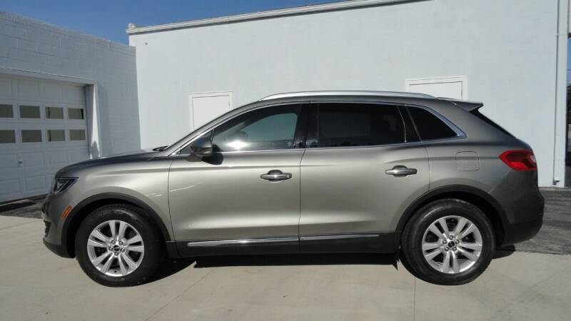2017 Lincoln MKX for sale at WRIGHT'S in Hillsboro KS