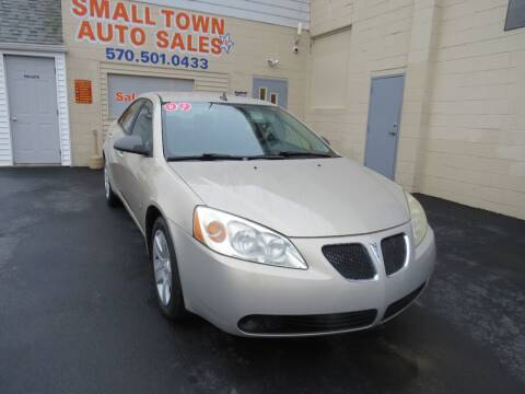 2009 Pontiac G6 for sale at Small Town Auto Sales in Hazleton PA