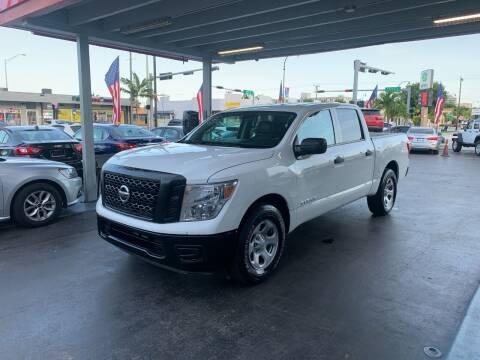 2017 Nissan Titan for sale at American Auto Sales in Hialeah FL
