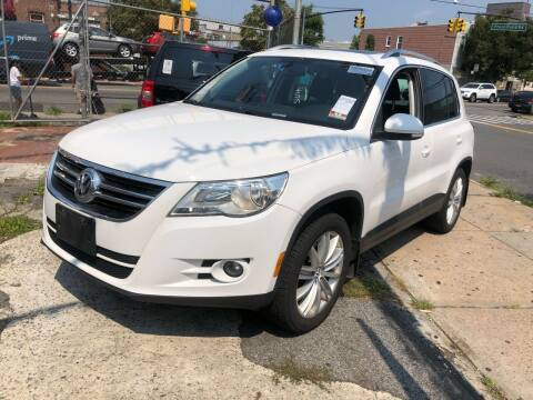 2011 Volkswagen Tiguan for sale at GARET MOTORS in Maspeth NY