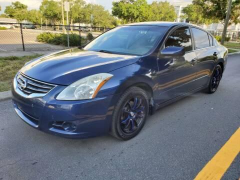 2011 Nissan Altima for sale at Carlando in Lakeland FL