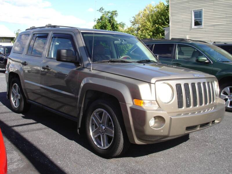 2007 Jeep Patriot for sale at Pete's Bridge Street Motors in New Cumberland PA