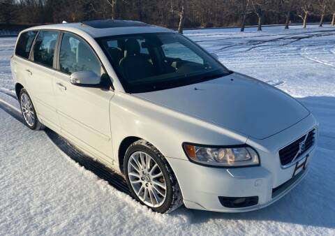 2009 Volvo V50 for sale at Select Auto Brokers in Webster NY