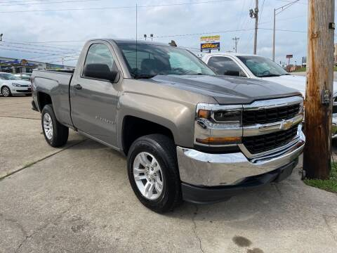 2017 Chevrolet Silverado 1500 for sale at Greg's Auto Sales in Poplar Bluff MO