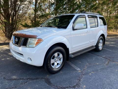 2005 Nissan Pathfinder for sale at Lenoir Auto in Lenoir NC