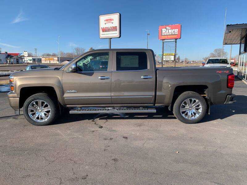 2015 Chevrolet Silverado 1500 for sale at Welcome Motor Co in Fairmont MN