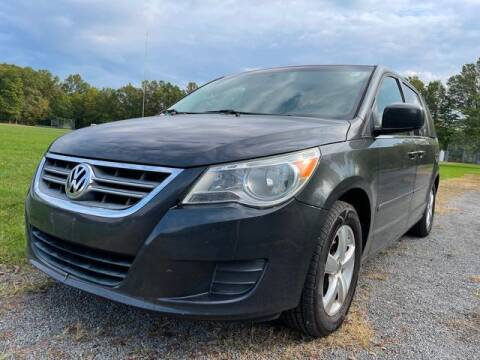 2011 Volkswagen Routan for sale at GOOD USED CARS INC in Ravenna OH
