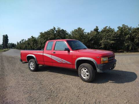 1995 Dodge Dakota for sale at M AND S CAR SALES LLC in Independence OR