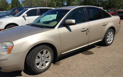 2006 Ford Five Hundred for sale at BARNES AUTO SALES in Mandan ND