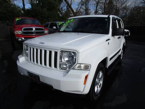 2012 Jeep Liberty for sale at LULAY'S CAR CONNECTION in Salem OR