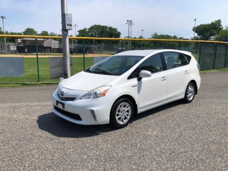 2012 Toyota Prius v for sale in Lyndhurst, NJ