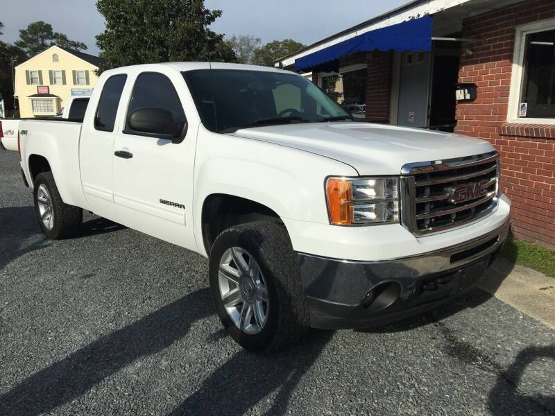 2013 GMC Sierra 1500 for sale at LAURINBURG AUTO SALES in Laurinburg NC