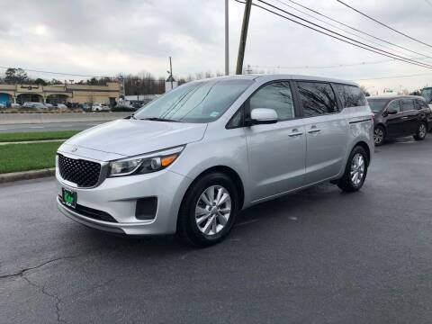 2018 Kia Sedona for sale at iCar Auto Sales in Howell NJ