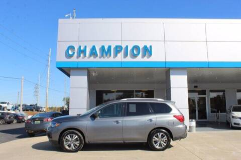 2018 Nissan Pathfinder for sale at Champion Chevrolet in Athens AL