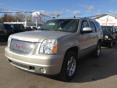 2007 GMC Yukon for sale at Steves Auto Sales in Cambridge MN