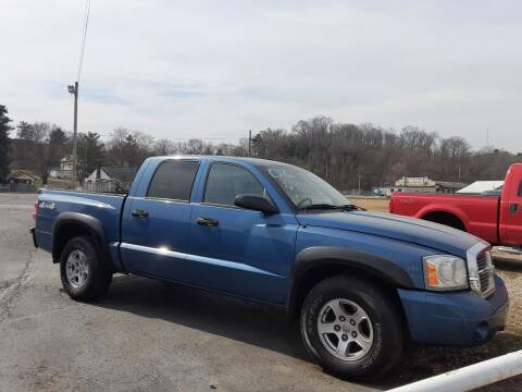 2006 Dodge Dakota for sale at Bates Auto & Truck Center in Zanesville OH