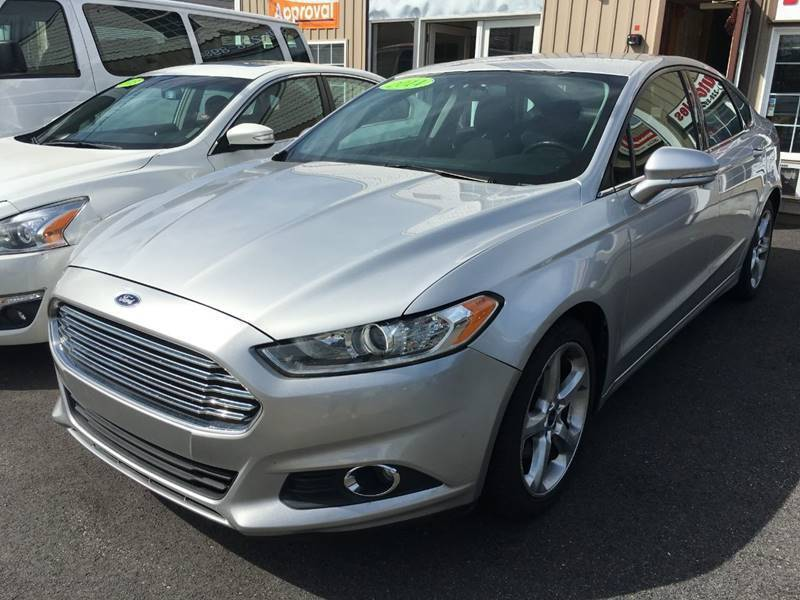 2014 Ford Fusion for sale at Dijie Auto Sale and Service Co. in Johnston RI