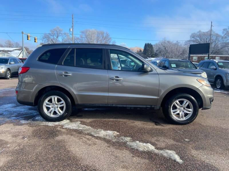 2011 Hyundai Santa Fe for sale at RIVERSIDE AUTO SALES in Sioux City IA