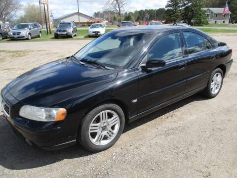 2005 Volvo S60 for sale at D & T AUTO INC in Columbus MN