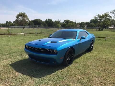 2016 Dodge Challenger for sale at LA PULGA DE AUTOS in Dallas TX