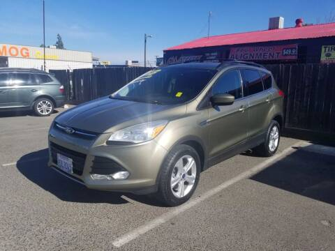 2013 Ford Escape for sale at Showcase Luxury Cars II in Pinedale CA