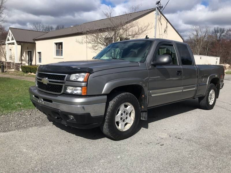 2006 Chevrolet Silverado 1500 for sale at Wallet Wise Wheels in Montgomery NY