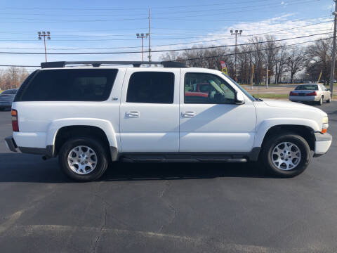 2003 Chevrolet Suburban for sale at Thunder Auto Sales in Springfield IL
