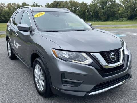 2019 Nissan Rogue for sale at Mr. Car City in Brentwood MD