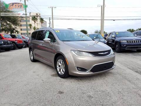 2017 Chrysler Pacifica for sale at GATOR'S IMPORT SUPERSTORE in Melbourne FL