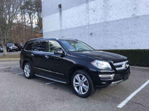 2013 Mercedes-Benz GL-Class for sale at Select Auto in Smithtown NY