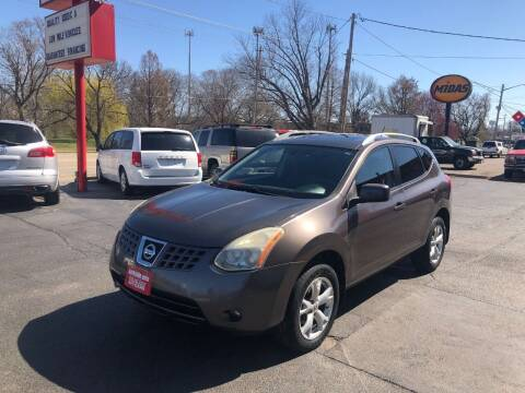 2008 Nissan Rogue for sale at Parkside Auto Sales & Service in Pekin IL