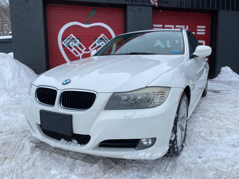 2010 BMW 3 Series for sale at Apple Auto Sales Inc in Camillus NY