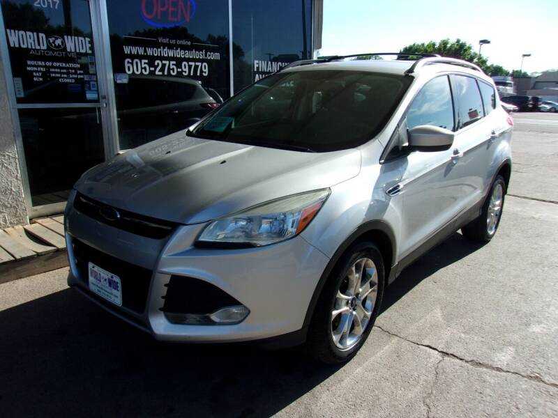 2013 Ford Escape for sale at World Wide Automotive in Sioux Falls SD