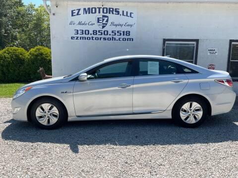 2015 Hyundai Sonata Hybrid for sale at EZ Motors in Deerfield OH