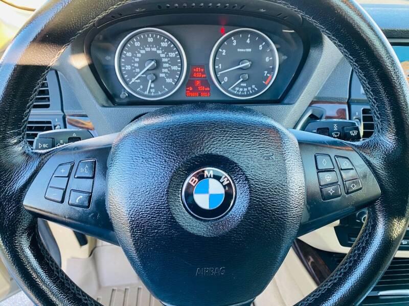 2008 BMW X5 AWD 3.0si 4dr SUV - Saint Francis WI