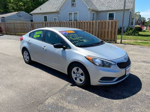 2015 Kia Forte for sale at PEKIN DOWNTOWN AUTO SALES in Pekin IL