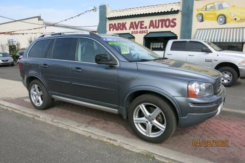 2007 Volvo XC90 for sale at PARK AVENUE AUTOS in Collingswood NJ