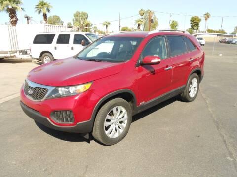 2011 Kia Sorento for sale at COUNTRY CLUB CARS in Mesa AZ