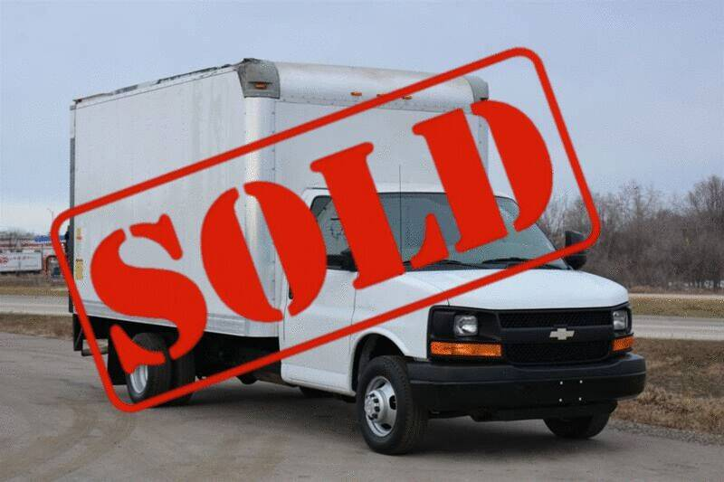 2013 Chevrolet Express Cutaway for sale at Signature Truck Center - Box Trucks in Crystal Lake IL