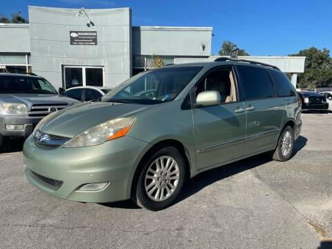 2007 Toyota Sienna for sale at Popular Imports Auto Sales in Gainesville FL