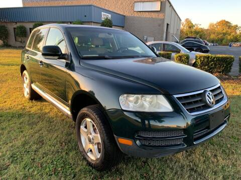 2004 Volkswagen Touareg for sale at Essen Motor Company, Inc in Lebanon TN