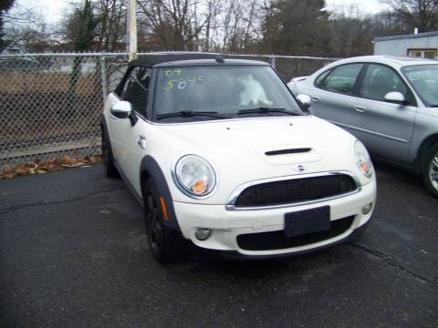2009 MINI Cooper for sale at Collector Car Co in Zanesville OH
