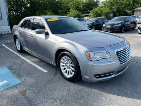2014 Chrysler 300 for sale at Auto Solution in San Antonio TX